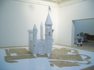 Peter Callesen, Big Paper Castle, 2004, 7,20 x 7,15 x 3,75 m Charlottenborg Udstillingsbygning's Autumn exhibition, Copenhagen