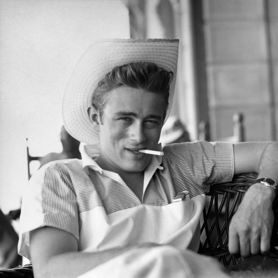 © Sid Avery /mptvimages.com, James Dean