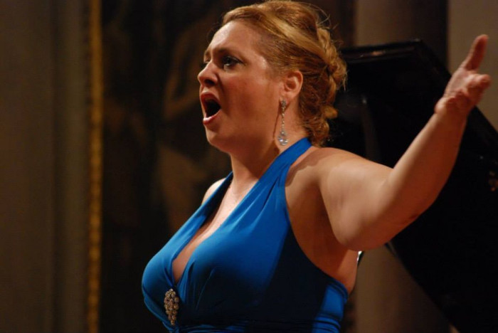 Selene Fiaschi soprano musica lirica opera orchestra da camera firenze