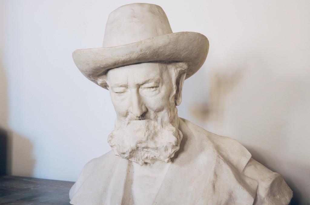 busto in gesso ritraente Giuseppe Poggi
