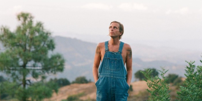 awolnation-aaron-bruno album here come the runts musica libe tour 2018 america red bull